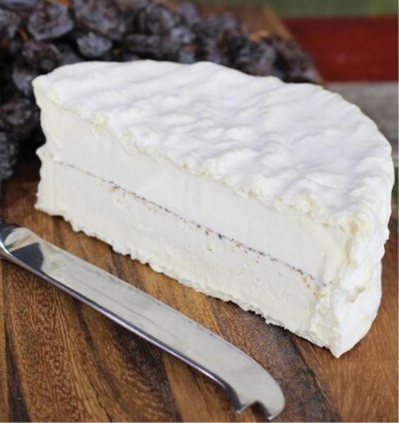 Picture of Cheese - Brillat Savarin à la Truffle