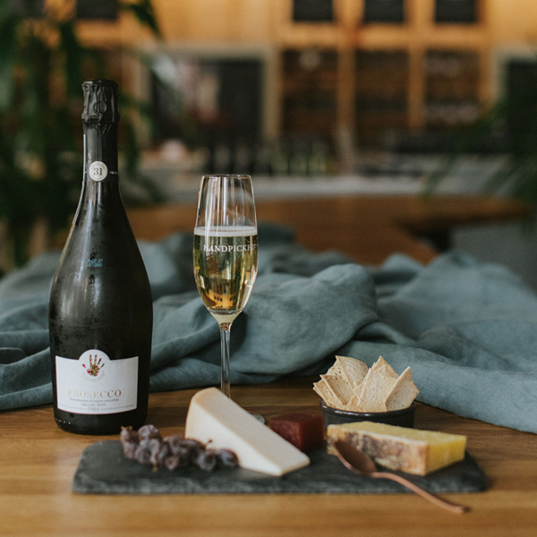 wine and cheese gift hamper for two with same day delivery in Melbourne